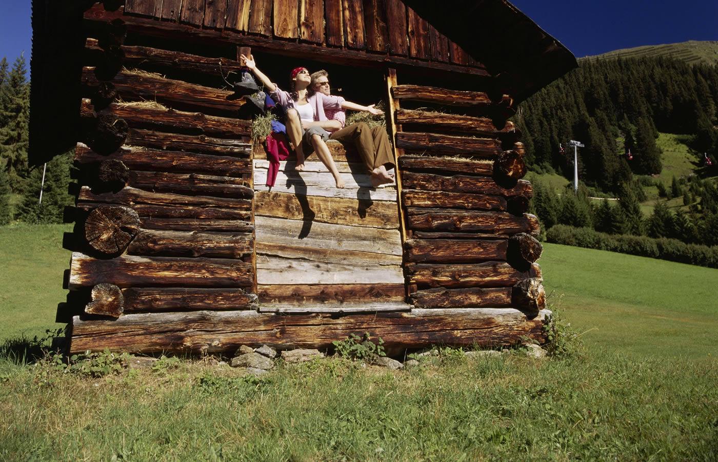 Holzhütte - Fiss in Tirol Österreich. Sommer-Urlaubsregion für Familie,
