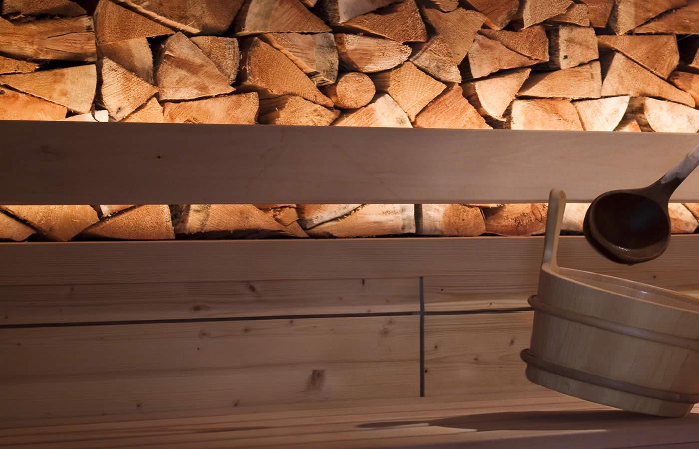 Hotel Natürlich - Finnische Feuer Sauna für Ihren Urlaub in Fiss, Österreich.