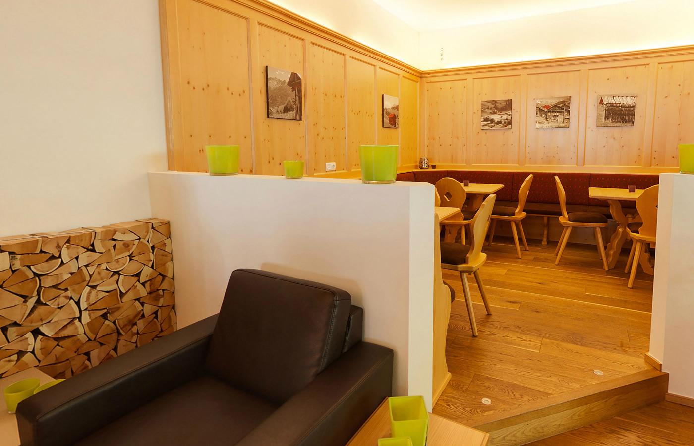 Tiroler Stuber - Hotel Natürlich in Fiss, Tirol.