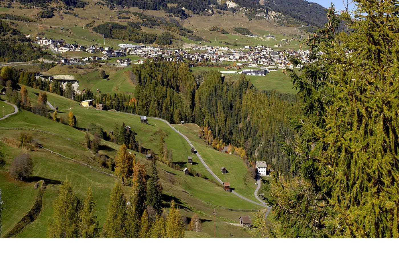 Fiss in Tirol Österreich. Sommer-Urlaubsregion für Familie,