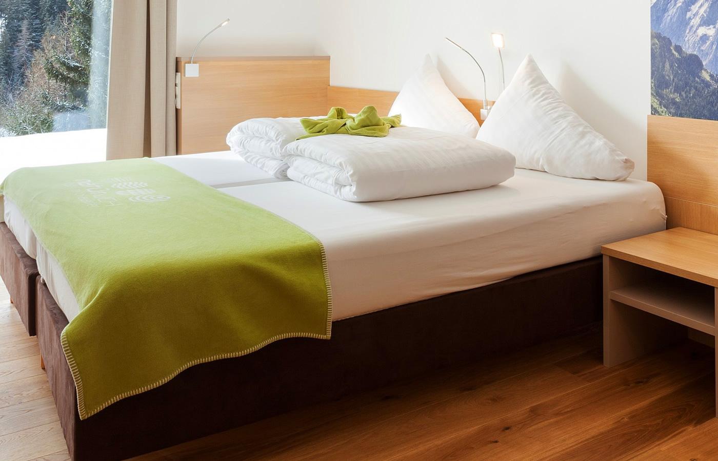 """""""Atempause"""" Doppelzimmer im Natürlich. Hotel in Fiss, Tirol"""