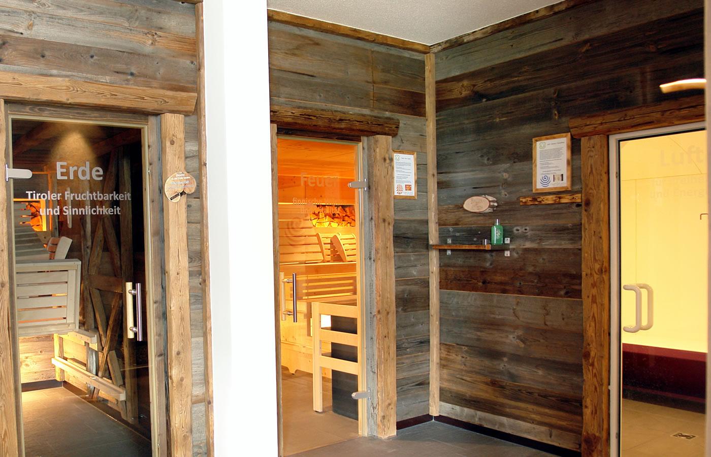Wellness mit versch. Saunen im Hotel Natürlich in Tirol, Österreich.